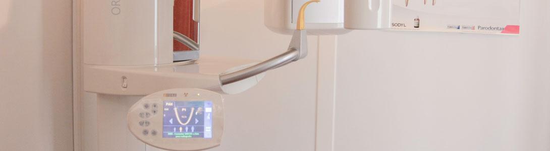 Cl�nica Xix�n Dental